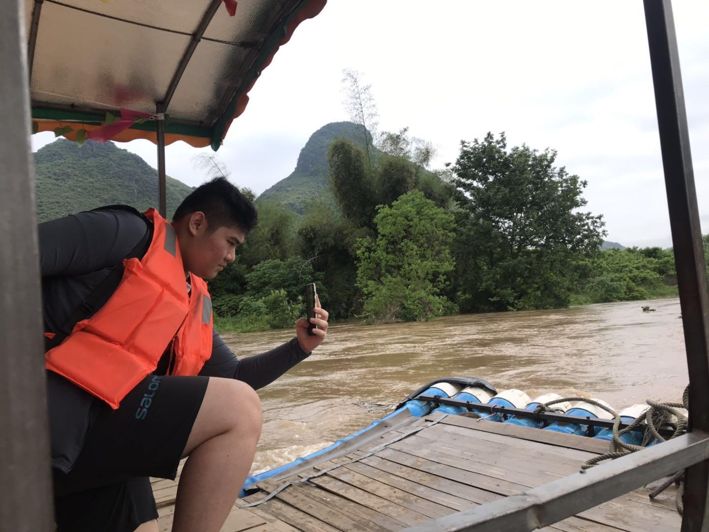 bamboo-rafting-2