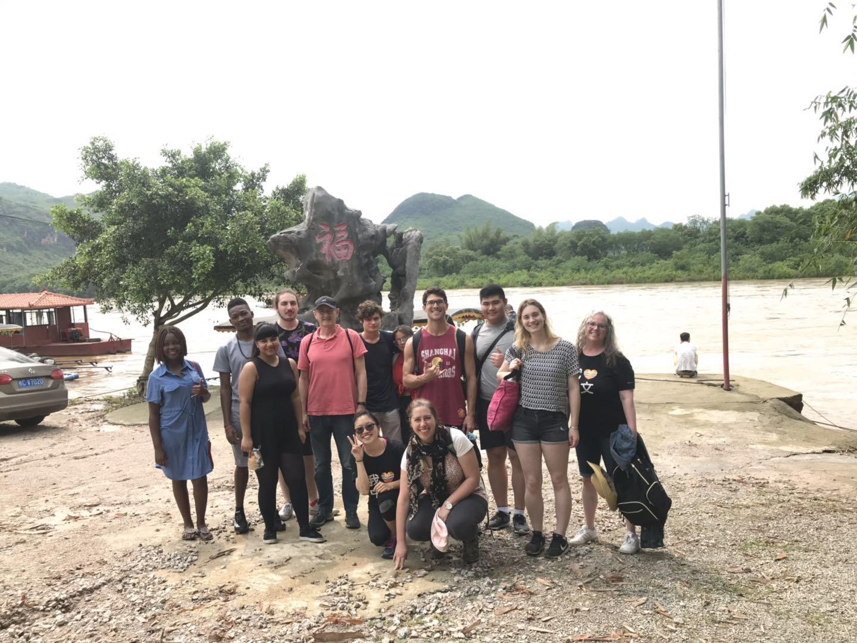 bamboo-rafting-group-photo
