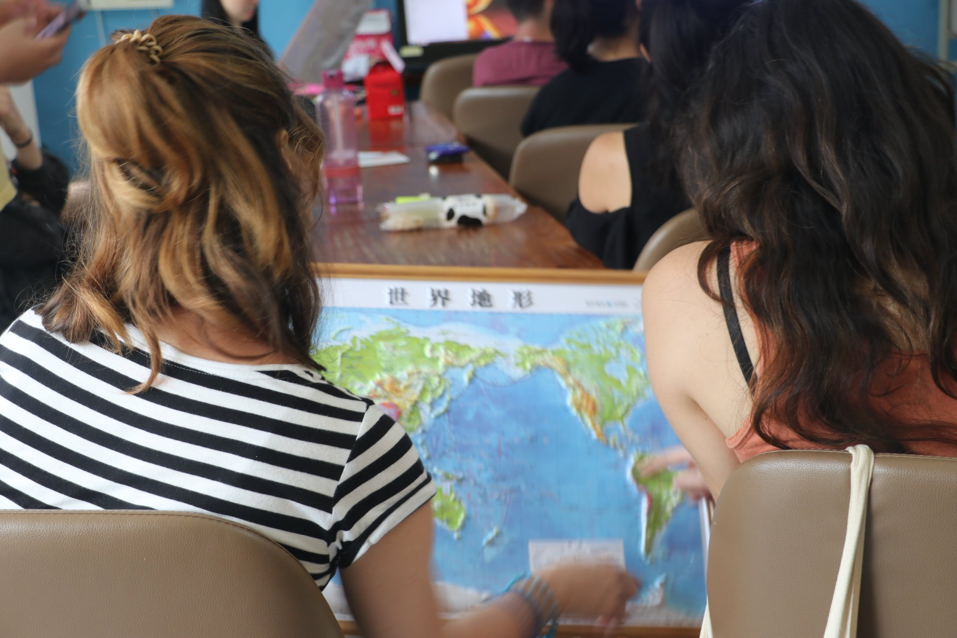 physical-map-of-China-and-two-girls