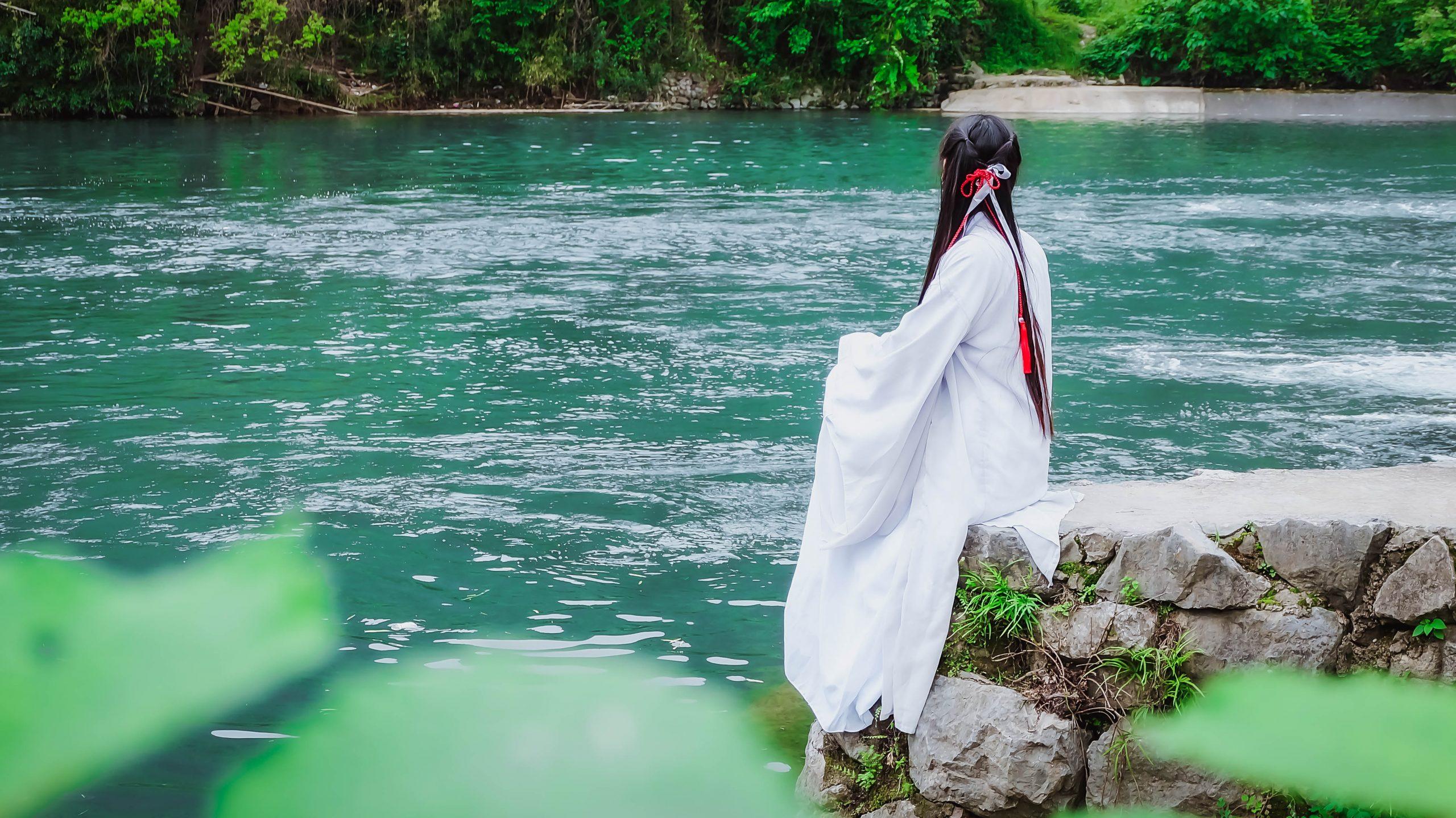 Hanfu: Beautiful, Elegant, Traditional Han Clothing of China