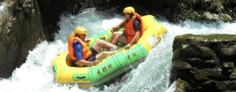 white-water-rafting-on-the-longjing-river