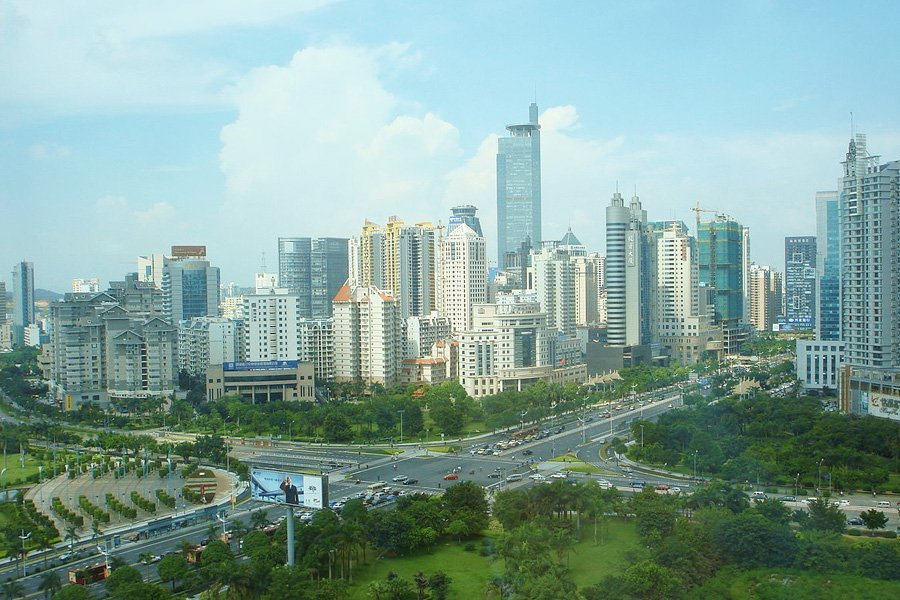 buildings-and-towers-in-Nanning-China-with-clean-air-quality