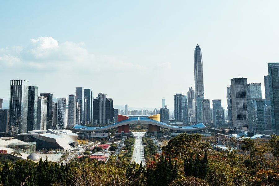 Shenzhen-city-in-China-with-no-smoggy-air